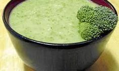 * CREMA DE BROCOLI  * Winter Food, Deli, My Recipes, Guacamole, Broccoli, Mashed Potatoes, Food And Drink, Dining, Healthy
