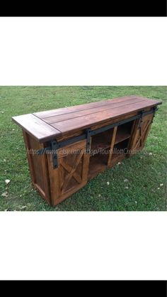 *These are all made to order and will have a lead time given at checkout* This gorgeous Tv Console is a custom handmade piece of furniture perfect for your living room or tv room. Its rustic charm is sure to be the talking point of all your visitors. The unit pictured is sold