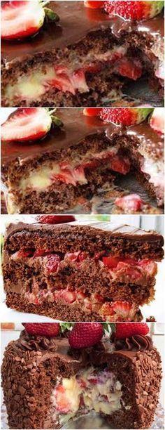 ESSE BOLO BOMBOM DEIXA QUALQUER UM QUERENDO MAIS…APRENDA E FAÇA HOJE MESMO!! VEJA AQUI>>>Alterne os ingredientes secos com os molhados: farinha, leite e chocolate em pó. #receita#bolo#torta#doce#sobremesa#aniversario#pudim#mousse#pave#Cheesecake#chocolate#confeitaria