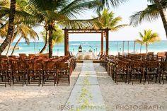 10 Unique Beach Wedding Decoration Ideas