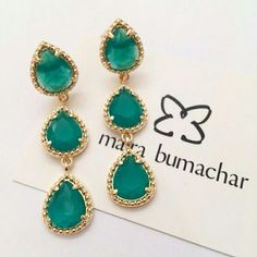 Cristal esmeralda #nalojavirtual #nalojapraiadocanto #mairabumachar #designerdejoias @mairabumachar