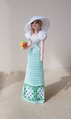Crochet Gifts, Crochet Art, Best Gifts For Mom, Apple Art, New Dolls, Amigurumi Doll, Handmade Clothes, Creative Gifts, Beautiful Dolls