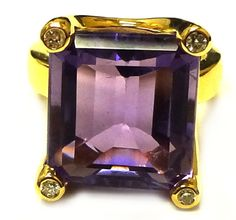 Fit for a queen, designed for you : 14k gold and amethyst ring