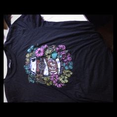Obey tee Only worn a few time. Great condition! Tilly's Tops