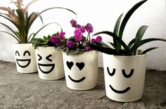10 Wonderful How To Make A Terracotta Garden Pot Painted Plant Pots, Painted Flower Pots, Painted Pebbles, Flower Pot Crafts, Clay Pot Crafts, Flower Pot People, Decorated Flower Pots, Seasonal Flowers, Cactus Y Suculentas