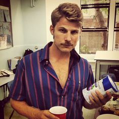 Travis Van Winkle. 13/09/29. Good Looking Actors, Good Looking Men, Travis Van Winkle, Sexy Men, Sexy Guys, How To Look Better, Men Casual, Product Description, Undercover