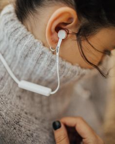 Cozy up with Vasa Blå wireless headphones  Use code LALALOVELY15 for 15% off! @sudiosweden