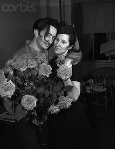 SALVADOR DALI....WITH GALA DALI.....I LOVED THE FLOWERS.....PARTAGE OF ANGELA......