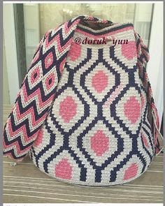 Our order is ready for delivery, be used in good days - Woman Fashion Online Diy Crochet And Knitting, C2c Crochet, Crochet Chart, Love Crochet, Filet Crochet, Crochet Handbags, Crochet Purses, Mochila Crochet, Tapestry Crochet Patterns