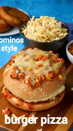 Burger Recipes, Spicy Recipes, Cooking Recipes, Cooking Videos, Pizza Recipes, Vegetarian Fast Food, Pizza Cheeseburger, Paratha Recipes, Chaat Recipe