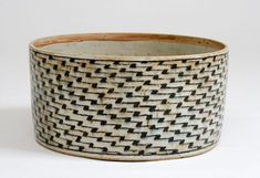 Gertrud Vasegaard (1913-2007)  Bowl. 1978  Wheel-thrown, glazed stoneware. 19 cm (height), 34 cm (diameter)   Holstebro Kunstmuseum   Purchased 1980 by Statens Kunstfond  On loan 1982 and received 1998. Inv.nr. 1998-026  © The artist's heirs. Photo: Lars Guldager