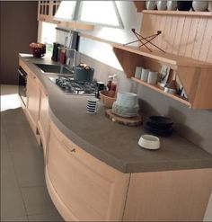 YLENIA - Traditional design