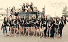 Idea for group picture of pom or cheer. Taken by sarahashleyphotography918.com