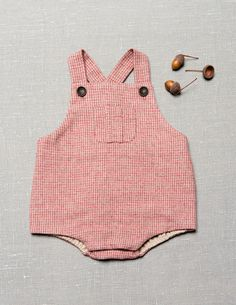 Cute little romper from Zara! Cute Outfits For Kids, Baby Outfits, Pregnant Outfit, Zara Looks, Zara Mini, Baby Boy, Romper Suit, Baby Kind, Kid Styles