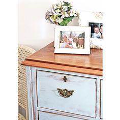 SOLD -- Chest of drawers in French Blue {$379} #vintage #brisbane #qld #anniesloanchalkpaint #ascp #womenwhodiy #furniturerestoration #furniture #restoredfurniture #paintedfurniture #rustic
