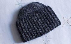 Quick Knits, Crochet Fashion, Beanie Hats, Beanies, Hats For Men, Handicraft, Knitted Hats, Knitting Patterns, Knit Crochet