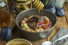 Jedz a miluj: Sladká pšenová kaša s dusenými slivkami a škoricou {vegetariánska,bezlaktózová,bez gluténu}