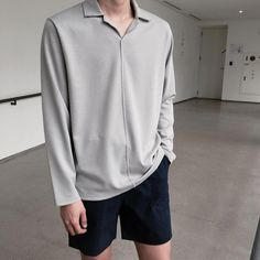 Gray long sleeves fashion is the word fashion, mens fashion Korean Fashion Men, Korean Street Fashion, Boy Fashion, Mens Fashion, Fashion Outfits, Fashion Trends, Casual Outfits, Men Casual, Korean Outfits