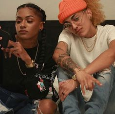 Ebony lesbians oil