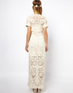 Browse online for the newest ASOS SALON Applique Lace Maxi Dress styles. Shop easier with ASOS' multiple payments and return options (Ts&Cs apply). Vogue, Marie, Asos, Bridesmaid Dresses, Short Sleeve Dresses, Culture, Lifestyle, Lace Maxi, Inspiration