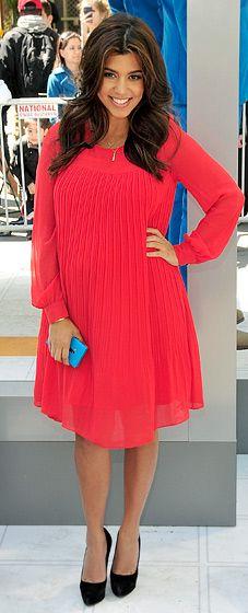 Kourtney Kardashian - she looks stunning pregnant!