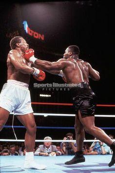 Mike Tyson - Data y Fotos Superman, Batman, Mike Tyson Boxing, Muhammad Ali Boxing, Professional Boxing, Boxing History, Boxing Champions, Baseball Training, Sport Icon