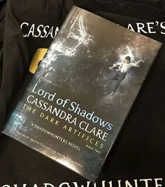 We've got cover art for Lord of Shadows Daughter Of Smoke And Bone, Shadowhunter Academy, Lord Of Shadows, Lady Midnight, Cassie Clare, Shadowhunters Tv Show, Cassandra Clare Books, The Dark Artifices, City Of Bones