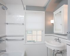 Bathroom 1940s Design, Pictures, Remodel, Decor and Ideas - page 4