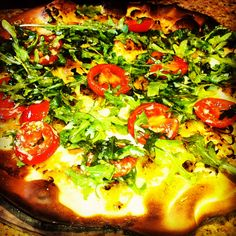 Vegetarian pizza - tomato and arugula