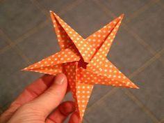 sundry mumsy: She Done It! DIY Oragami Star Garland