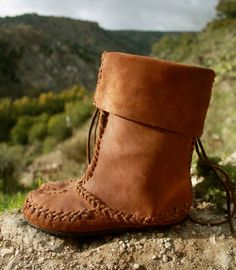 Walnut Mock - size US 7.5 - 8, EU 38/39, pull on women's boots, moccasin style, soft spanish leather, hand stitched