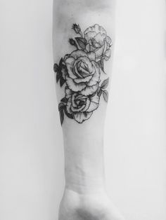 Some roses I got done by Lauren Miller, an apprentice at Beauty from Pain in Oklahoma City, Oklahoma.