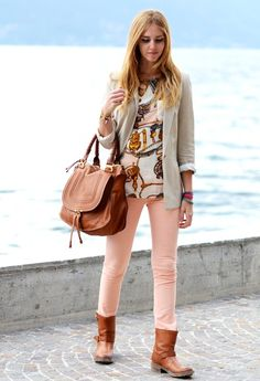 Skinny jeans + knee high boot