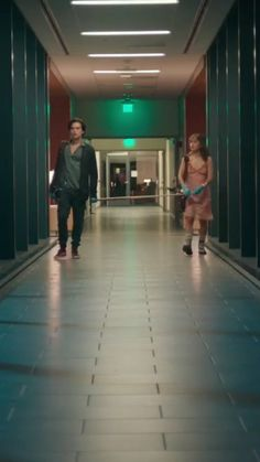 Pin by jocelyn schreiter on five feet apart in 2019 Sad Movies, Series Movies, Great Movies, Movies And Tv Shows, Movie Tv, Haley Lu Richardson, Cole Sprouse Wallpaper, Cole Spouse, Dylan And Cole