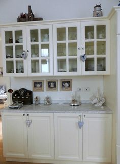 Shabby and chic kitchen in white