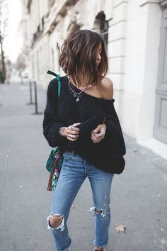 Fashion Day Style is store for Fashion Clothing and Apparel accessories Fashion Days, Look Fashion, Fashion Outfits, Womens Fashion, Pull Oversize Noir, Medium Hair Styles, Curly Hair Styles, Cut And Style, My Style