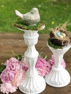 Farmhouse Candles, Farmhouse Decor, Seasonal Decor, Holiday Decor, Easter Crafts, Easter Decor, Easter Table, Spring Crafts, Flower Arrangements
