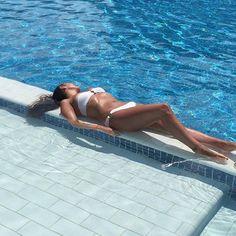 Just topping the tan up  #tan #sunbathing #Cuba #varadero #pool #lovelife by jadew1188