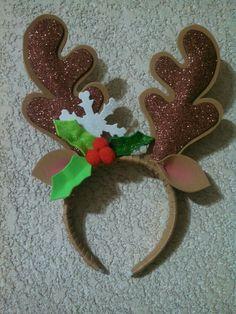 Diadema reno Frozen Christmas, Christmas Bows, Christmas Time, Christmas Sweaters, Christmas Crafts, Christmas Decorations, Holiday, Diy Arts And Crafts, Felt Crafts