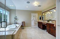 3653 Stoner Ave. Los Angeles, CA 90066 - The Noel Team Corner Bathtub, Noel, Corner Tub