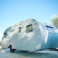 1948 Columbia - Price Reduced - Elverta, CA Camper Trailer For Sale, Vintage Campers Trailers, Retro Campers, Vintage Caravans, Camper Trailers, Camping Places, Camping World, Best Travel Trailers, Yellowstone Camping