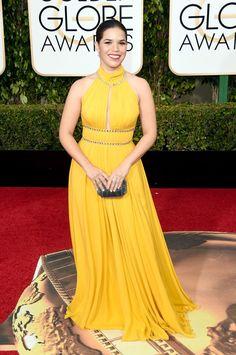 Pin for Later: Ne Manquez Pas un Seul des Looks Vus aux Golden Globes America Ferrera Portant une robe signée Jenny Packham.