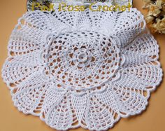 PINK ROSE CROCHET: Centrinho Chantilly Doily