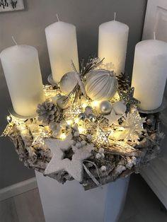 Adventskranz Schneezauber Wintertraum 50cm Ø | Etsy The Silver Star, Silver Stars, String Lights, Wall Lights, Ceiling Lights, Advent Wreath, Pillar Candles, Christmas Tree, Wreaths