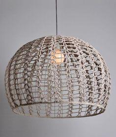 Classic Home Decor Lampe Crochet, Crochet Lampshade, Rattan Lampe, Diy Laine, Diy Luminaire, I Love Lamp, Diy Chandelier, Crochet Home, Lamp Shades