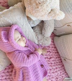 Crochet Coat, Crochet Winter, Crochet Bebe, Free Crochet, Crochet Stitches Patterns, Baby Knitting Patterns, Baby Patterns, Knitting For Kids, Crochet For Kids