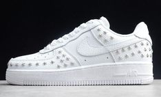 """2019 Nike Womens Air Force 1 Low """"Star-Studded"""" White For Sale Air Force 1 Outfit, Studded Sneakers, Nike Air Force Ones, Nike Shoes, Fashion Shoes, Nike Women, Professional Dancers, Aesthetic Shoes, Military Gear"""