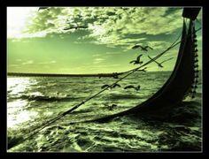 """""""Più grande è la distanza, più violenta è la spinta a tornare. Non si dimentica mai il porto da cui si salpa""""."""