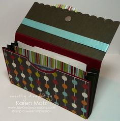 Make your own Coupon wallet organizer pouch out of card stock with this tutorial.  I am sooo going to try this!!