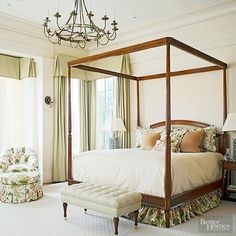 Traditional Bedrooms Combine finely finished furniture, elegant appointments, and posh fabrics to fashion conventionally traditional bedrooms and establish fresh classic designs that give traditional a gentle twist. Arranging Bedroom Furniture, Furniture Arrangement, Traditional Interior, Traditional Bedroom, Dream Bedroom, Master Bedroom, Serene Bedroom, Bedroom Yellow, Bedroom Retreat